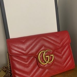 Gucci Marmont Wallet on chain